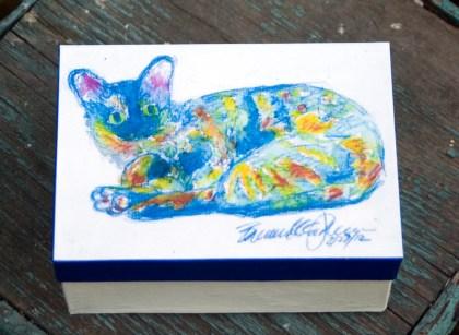 keepsake box with cat
