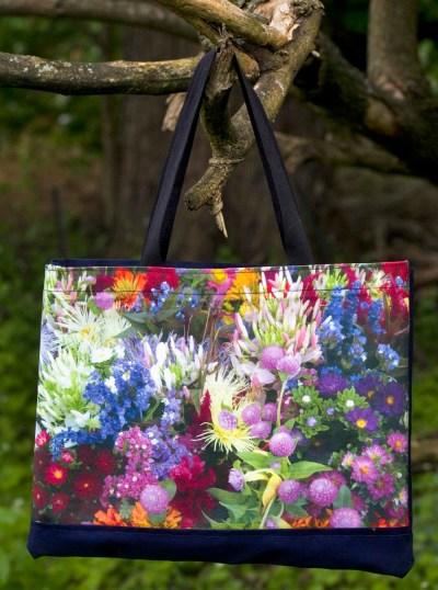 Market Flowers tote bag