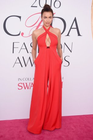NEW YORK, NY - JUNE 06: Model Irina Shayk attends the 2016 CFDA Fashion Awards at the Hammerstein Ballroom on June 6, 2016 in New York City. (Photo by Dimitrios Kambouris/WireImage)