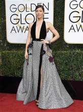 golden-globes-jessica-biel-today-170108_cf7aeb7522e925e0e6c4f9b11b27b4fb-today-inline-large