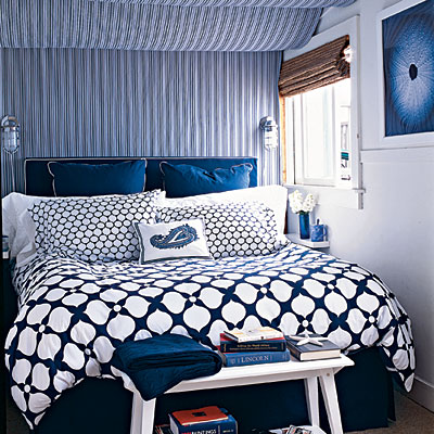 Navy_White_Mixed_Pattern_Bedroom