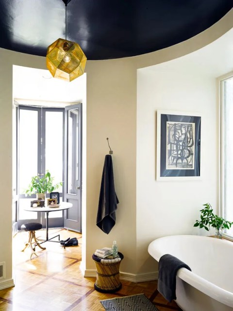 hbz-fashionable-life-nate-berkus-bathroom-lgn-48474133