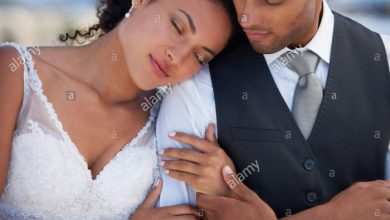 Newly wed black couple (Photo-Alamy stock photo)