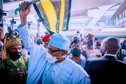 Buhari flagging off the Lagos-Ibadan rail project