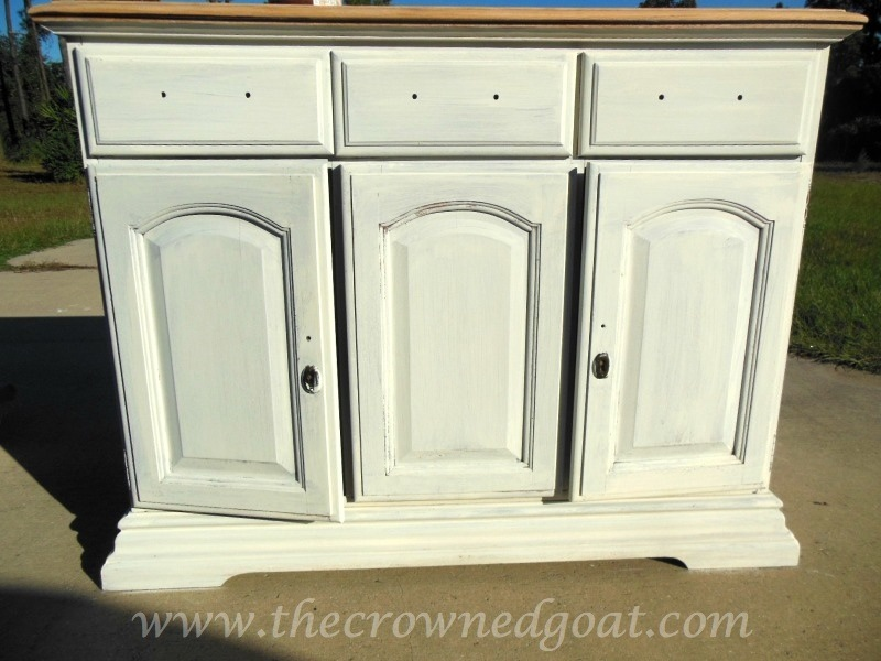 102014-6 Annie Sloan Chalk Paint Buffet Makeover Painted Furniture