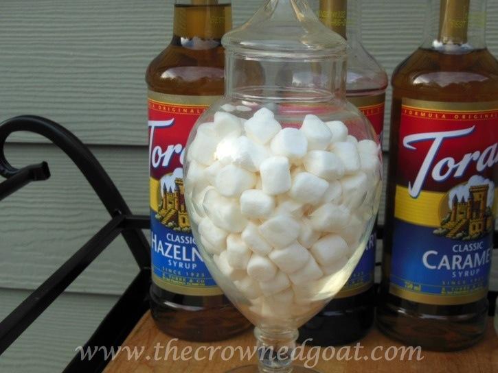 010815-4 Creating a Hot Drink Bar Decorating Holidays