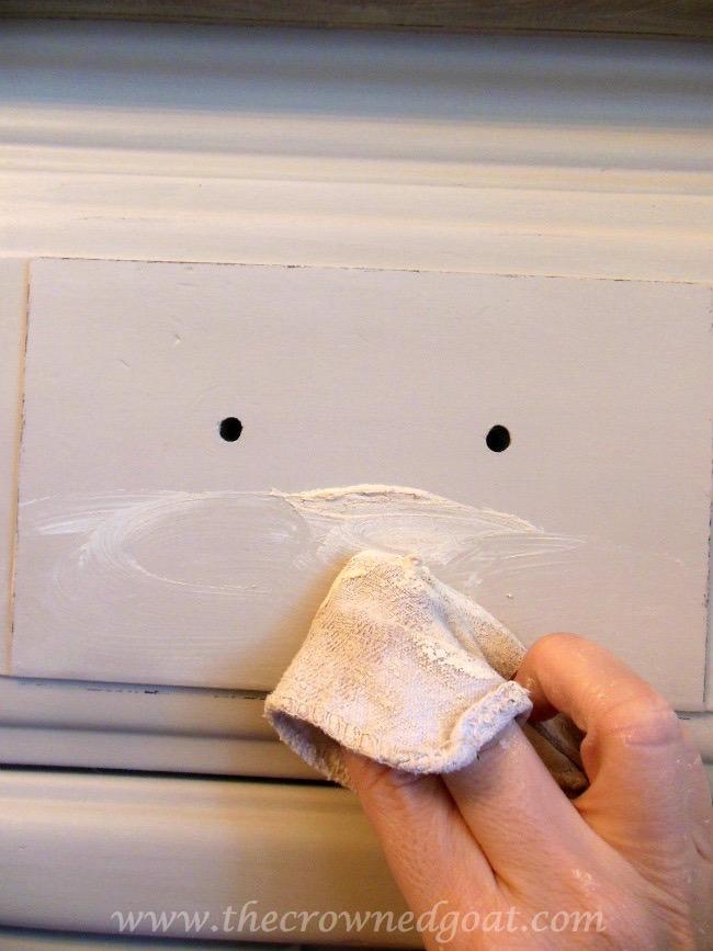 022415-7 Dry Sink Painted in Lambs Wool Painted Furniture