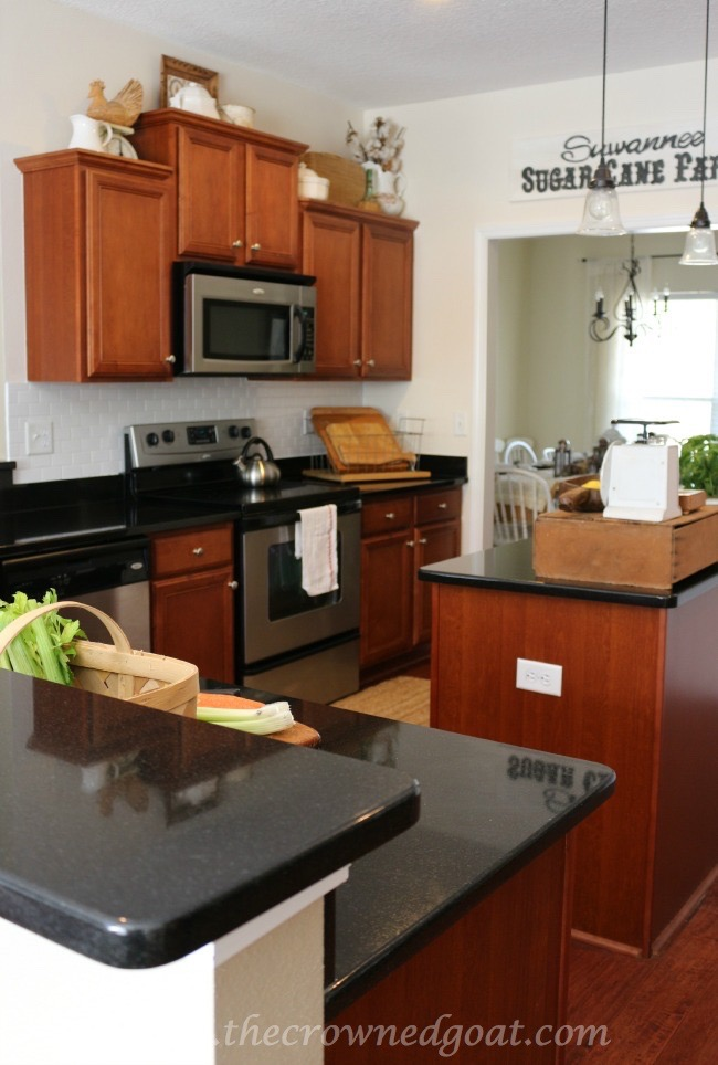 030515-6 Kitchen Reveal Decorating