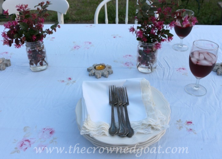 031915-5 Simple Spring Outdoor Tablescape Decorating Spring