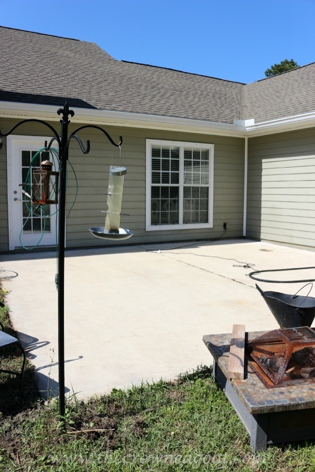050515-5 Tips for Painting a Textured Concrete Patio  DIY