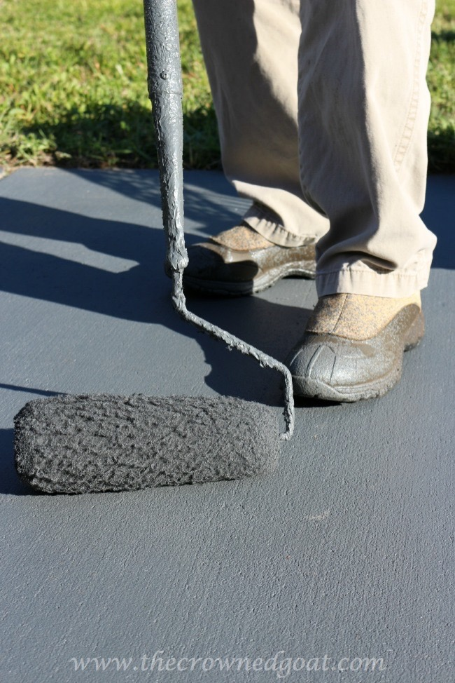 050515-8 Tips for Painting a Textured Concrete Patio  DIY