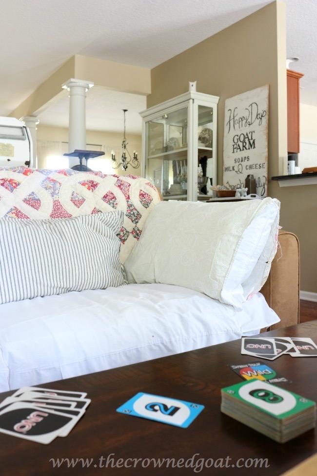 052615-9 Cabin Inspired Summer Mantel Decorating