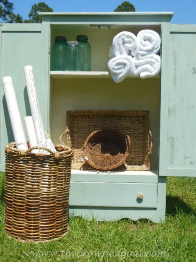 Annie Sloan Chalk Paint - Duck Egg - Pine Cabinet - The Crowned Goat - 052115-6