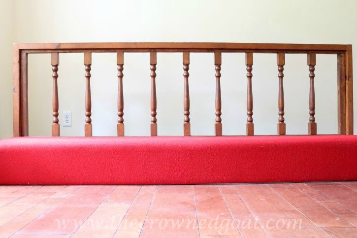 082615-1 Americana DECOR Chalky Finish Painted Bench in Everlasting DIY Painted Furniture