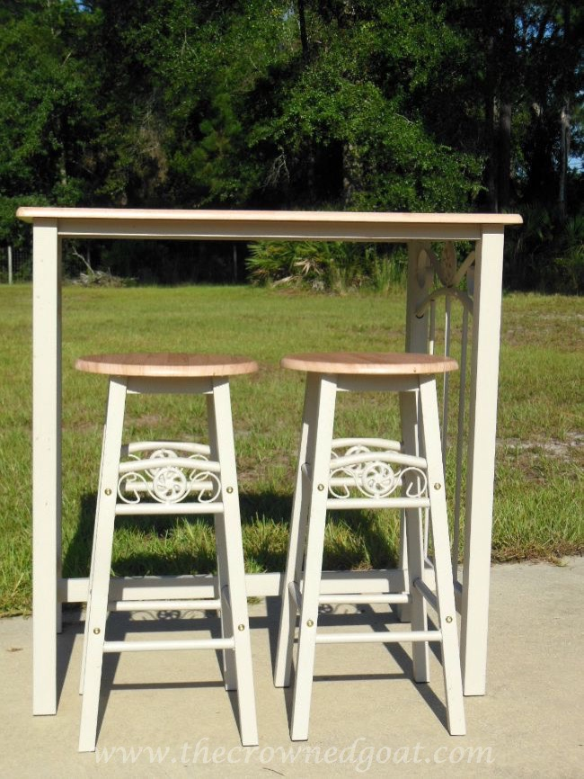 082714-1 Rust-oleum Painted Table and Bar Stools Painted Furniture
