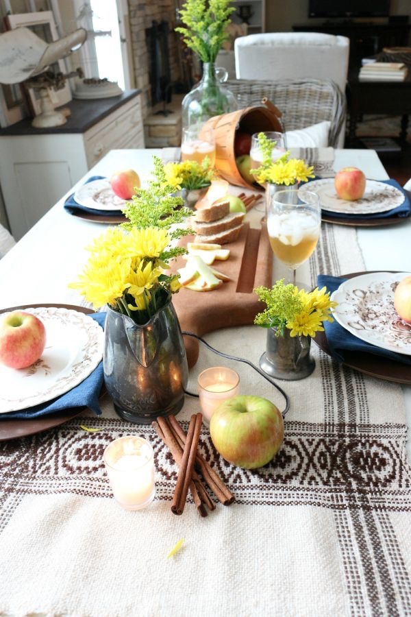 Autumn-Apple-Inspired-Tablescape-091715-12 Autumn Apple Inspired Tablescape Decorating Holidays