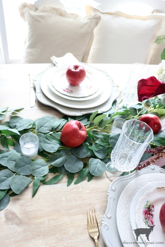 Elegant-Autumn-Apples-Inspired-Tablescape-The-Crowned-Goat-6 Elegant Autumn Apples Inspired Tablescape Fall Holidays