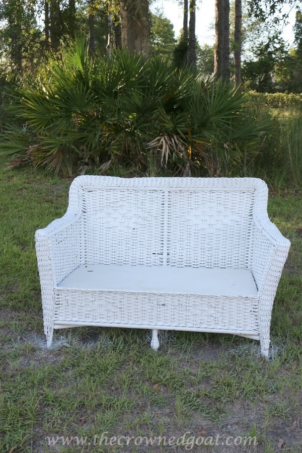 How to Clean Outdoor Wicker Furniture 092215-10
