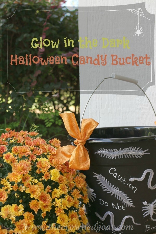 101315-10-Pinnable How to Create a Glow in the Dark Halloween Candy Bucket Crafts Fall Uncategorized