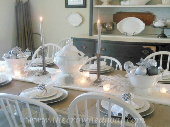 112415-15 Neutral Inspired Christmas Ideas Christmas Decorating Holidays
