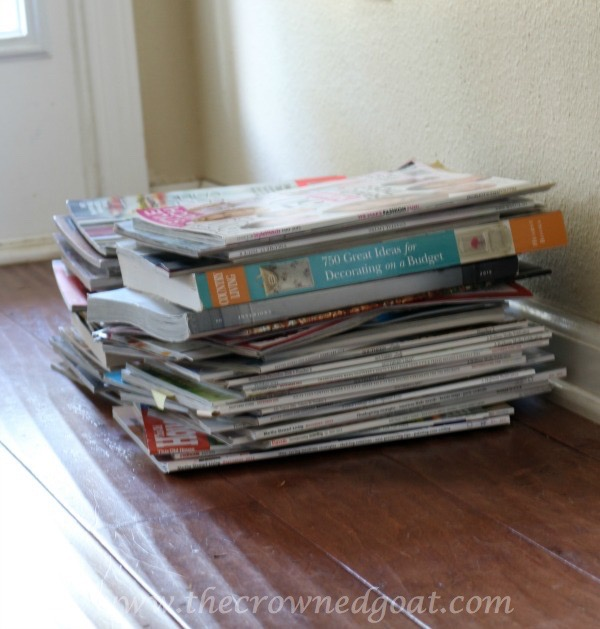 030116-4 Clever Ways to Organize Books and Magazines DIY Organization