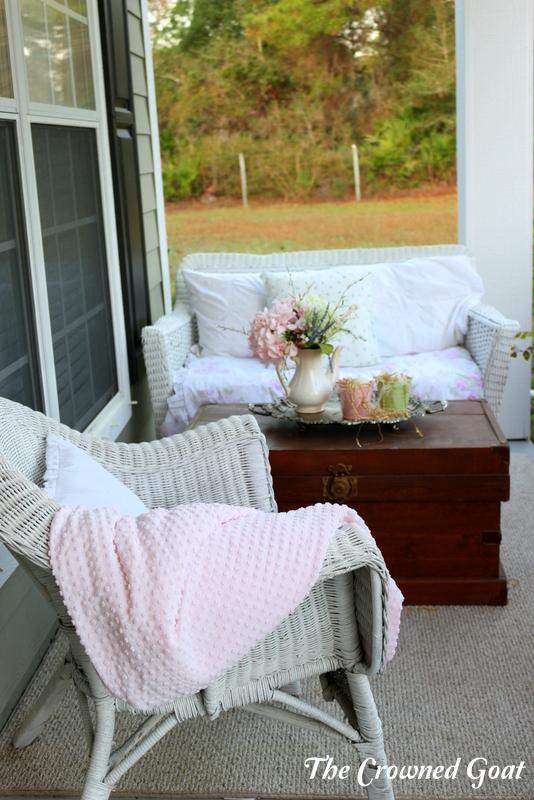 031616-8 Spring Porch Tour Decorating DIY Holidays