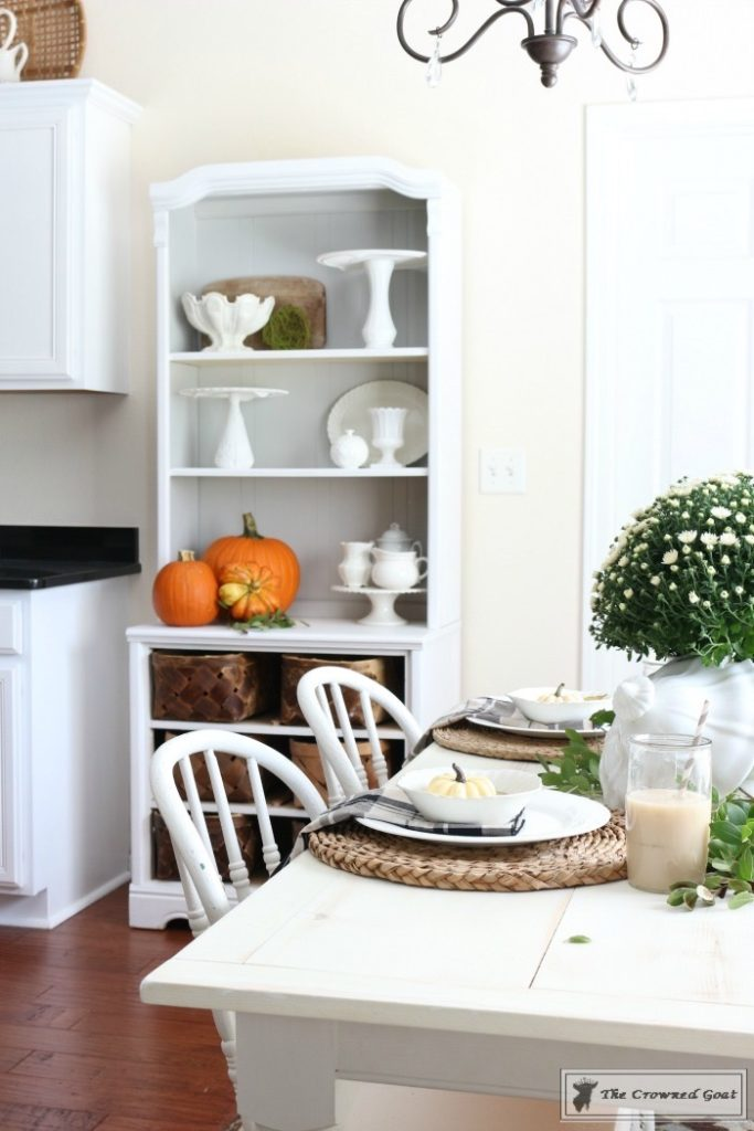 Fall-Decorating-in-the-Breakfast-Nook-13-683x1024 The Busy Girl's Guide to Fall Decorating: The Breakfast Nook Decorating DIY Fall