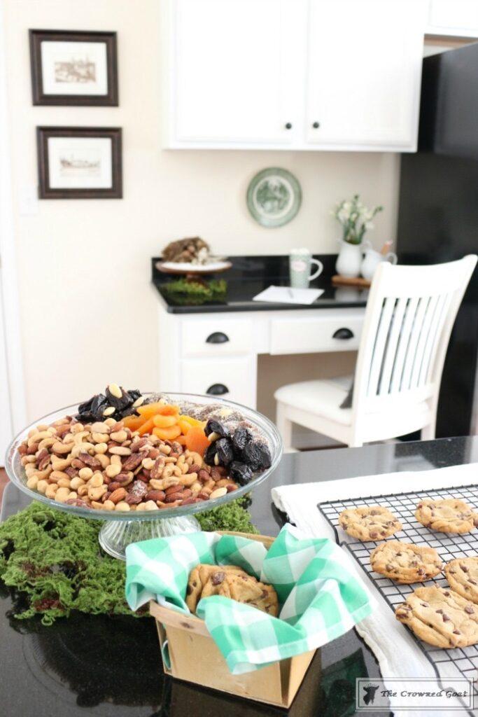 Nature-Inspired-Christmas-Kitchen-16-683x1024 Nature Inspired Christmas Home Tour Christmas Decorating DIY Holidays