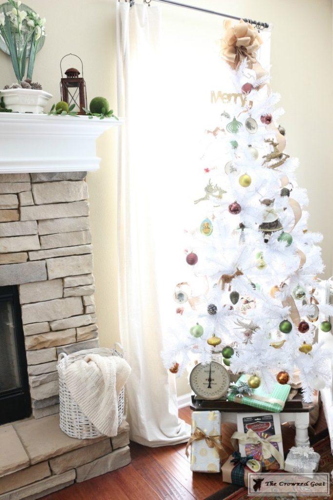 Nature-Inspired-Christmas-Tree-15-683x1024 Nature Inspired Mantel and Christmas Tree Christmas Decorating DIY Holidays
