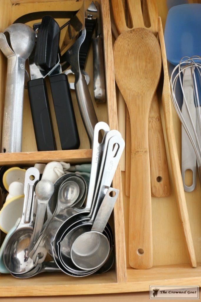 Best-Way-to-Organize-Your-Kitchen-12-683x1024 The Best Way to Organize Your Kitchen Organization