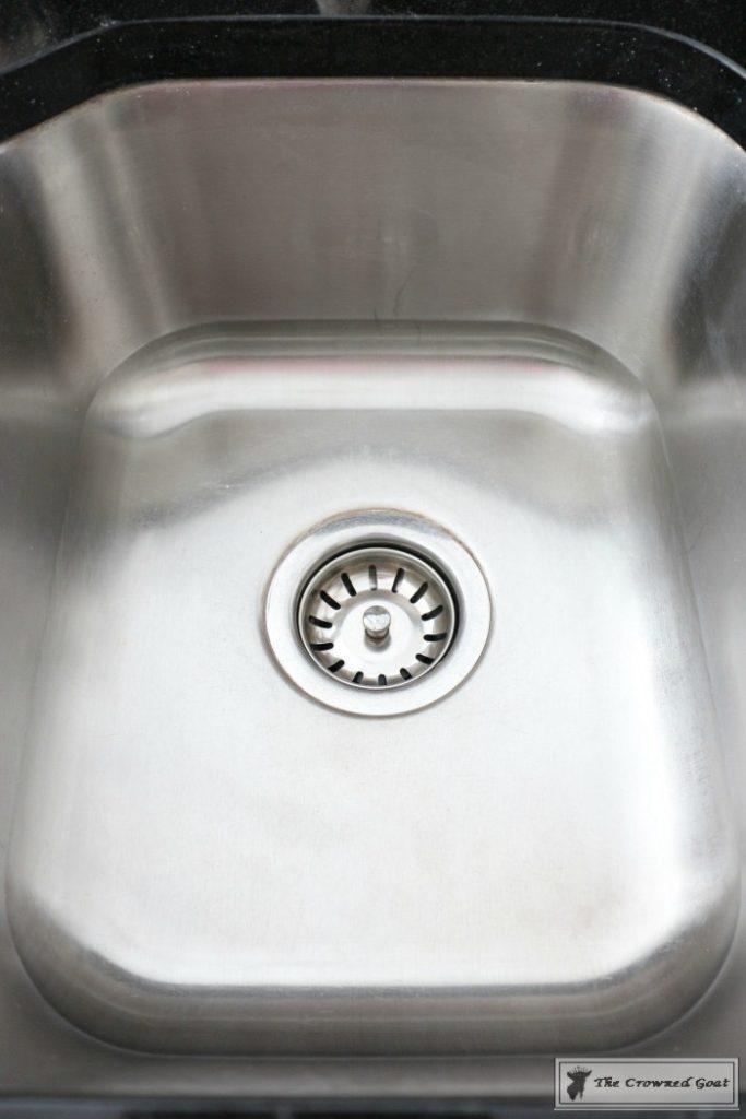 Lemongrass-Lavender-Sink-Scrub-14-683x1024 DIY Lemongrass and Lavender Sink Scrub DIY Organization