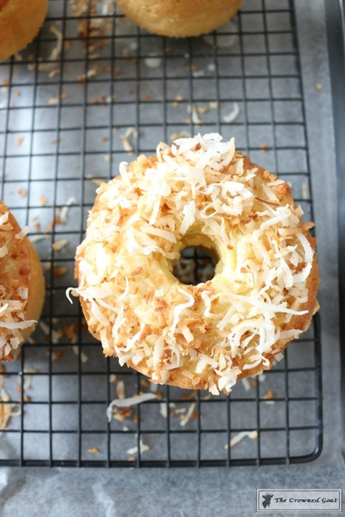 Coconut-Mini-Bundt-Cakes-13-683x1024 Spring Inspiration: Coconut Mini-Bundt Cakes Baking