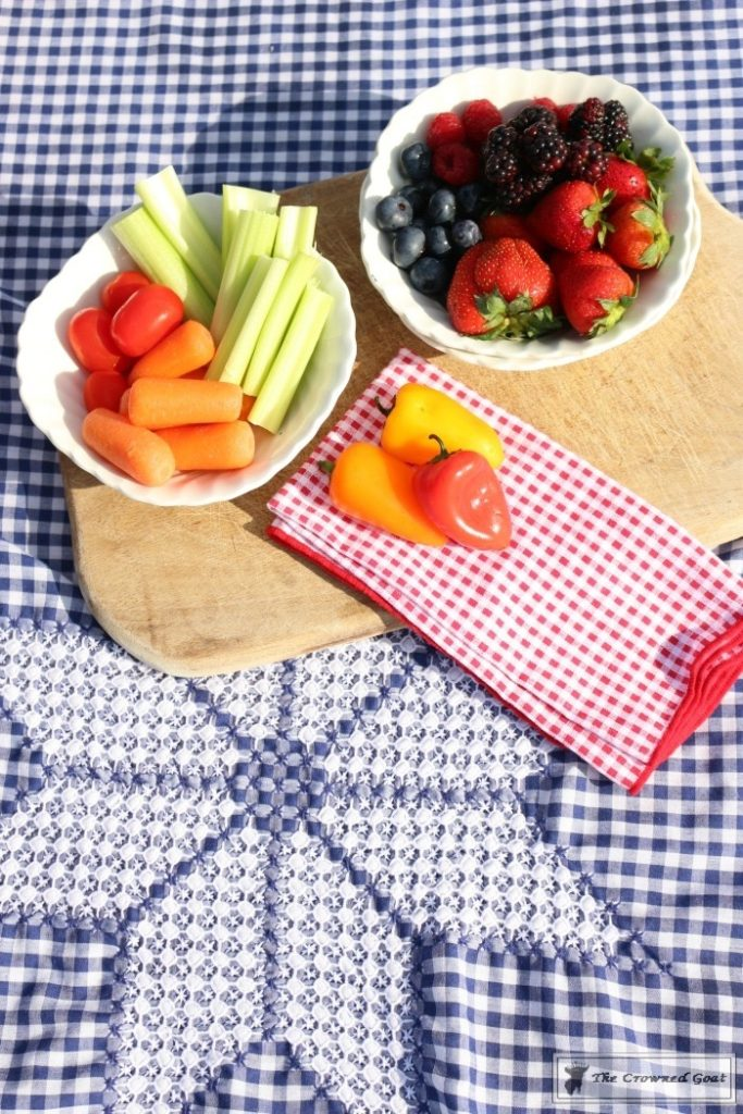 How-to-Create-a-Summer-Beach-Picnic-6-683x1024 Summer Picnic Essentials Decorating DIY Holidays