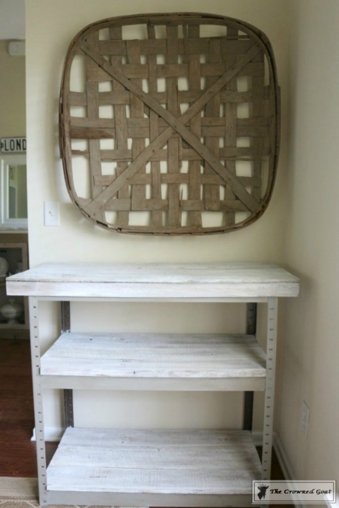 A-Simple-Way-to-Repurpose-Old-Fencing-The-Crowned-Goat-11-683x1024 Repurpose Old Fencing with This Easy Hack Decorating DIY Painted Furniture