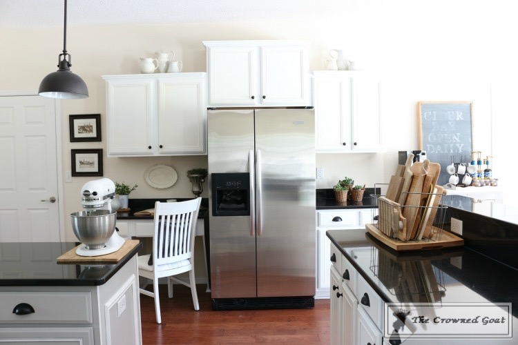 Easy-Ways-to-Keep-the-Kitchen-Clean-and-Organized-11 11 Ways to Clean, Organize & Maintain Your Kitchen DIY Organization