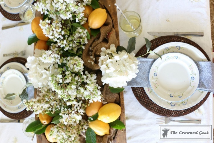 How-to-Create-a-Summer-Tablescape-The-Crowned-Goat-11 Back to Basics: Summer Tablescapes Decorating DIY
