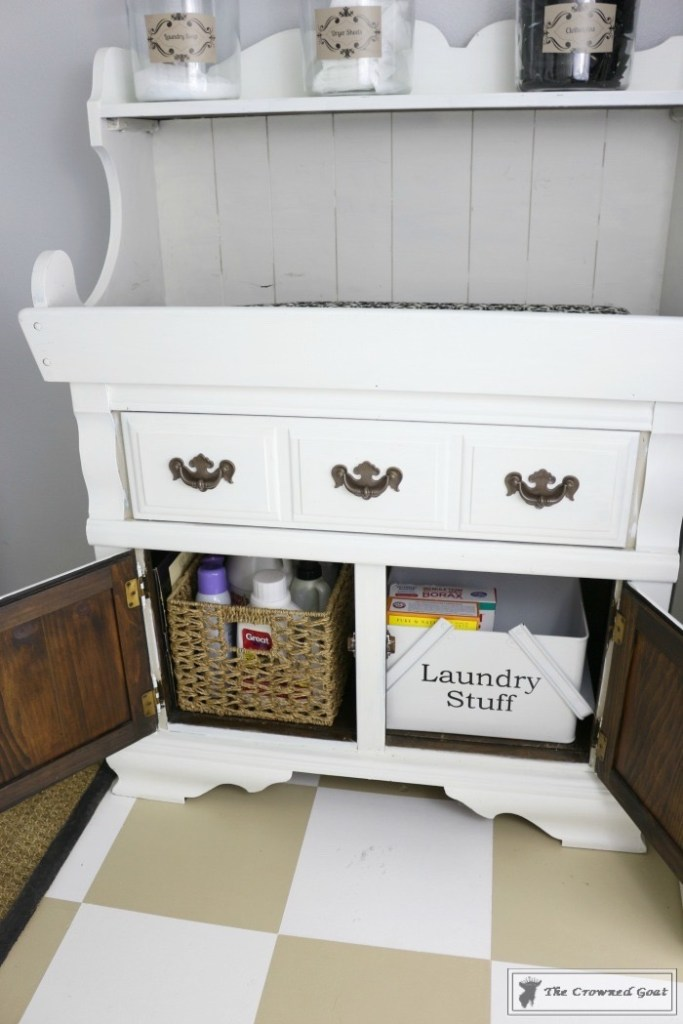 Nine Ways to Keep the Laundry Room Organized-4