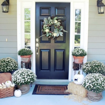 Fall Wreaths & Autumn Inspired Door Décor