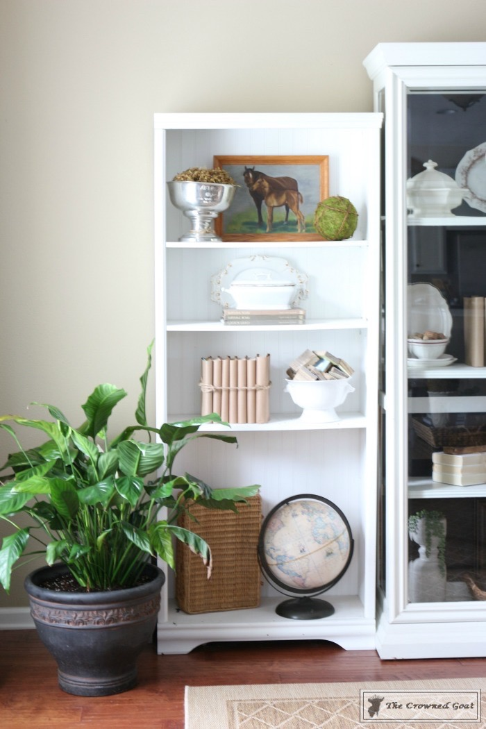 Creating-a-Library-for-the-Living-Room-The-Crowned-Goat-6 Creating a Library in the Living Room Decorating