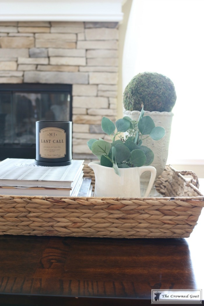 How-to-Style-a-Coffee-Table-The-Crowned-Goat-7 How to Style a Coffee Table Decorating