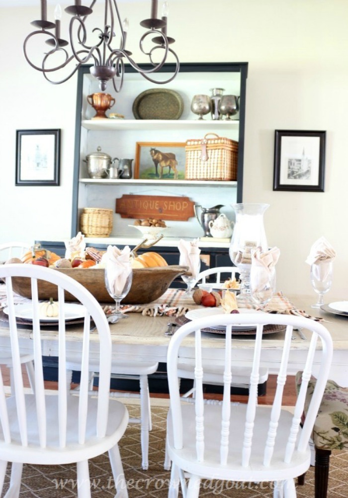 5-Easy-Thanksgiving-Tablescape-Tips-The-Crowned-Goat-3 5 Tips for an Easy Thanksgiving Tablescape Decorating Fall Holidays