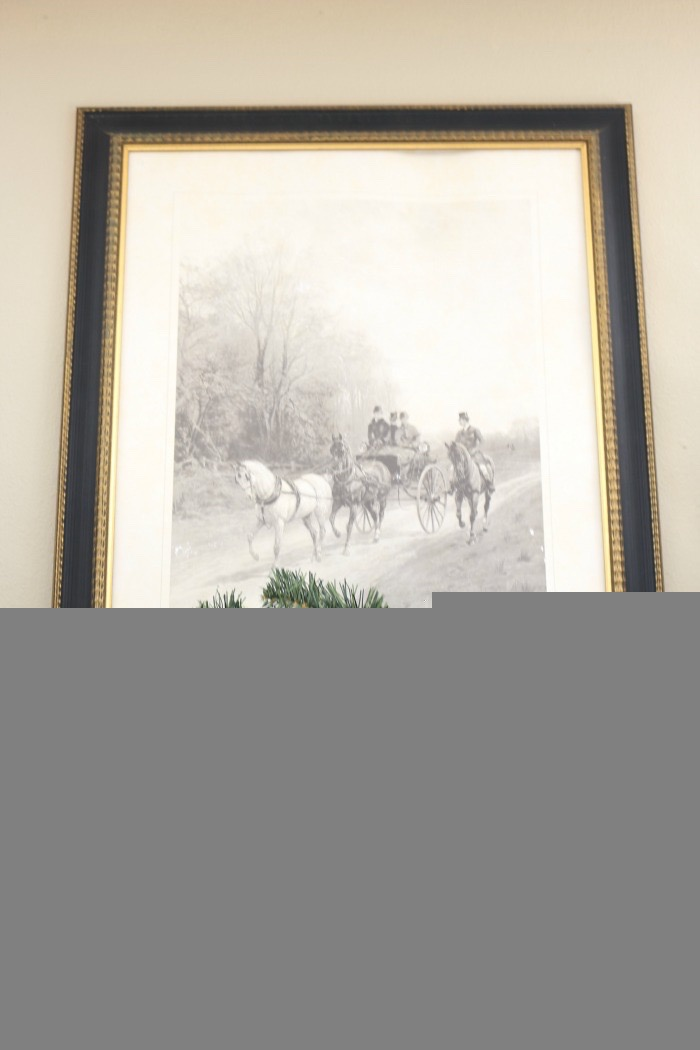 Christmas-Living-Room-Decorating-Inspiration-The-Crowned-Goat-4 Christmas Inspiration in the Living Room Christmas