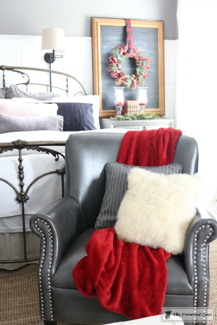 Christmas-Inspired-Bedroom-Ideas-The-Crowned-Goat-9 Christmas Bedroom Inspiration Christmas