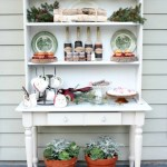 How-to-Create-an-Outdoor-Drink-Station-The-Crowned-Goat-12-1 Holidays