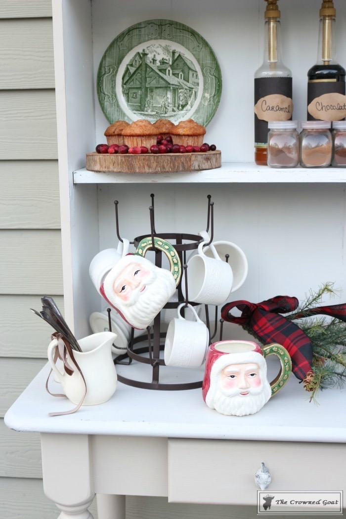 How-to-Create-an-Outdoor-Drink-Station-The-Crowned-Goat-8 Creating an Outdoor Drink Station Christmas