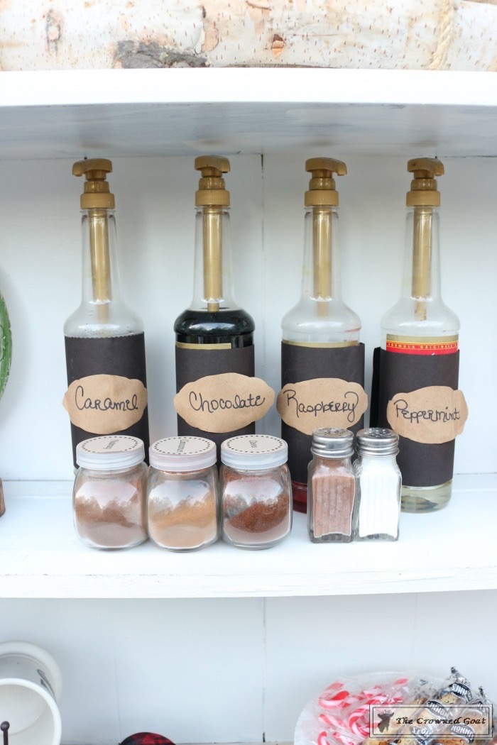 How-to-Create-an-Outdoor-Drink-Station-The-Crowned-Goat-9 Creating an Outdoor Drink Station Christmas