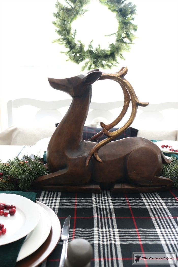 Simple-Christmas-Breakfast-Nook-The-Crowned-Goat-2 Simple Christmas Breakfast Nook Christmas