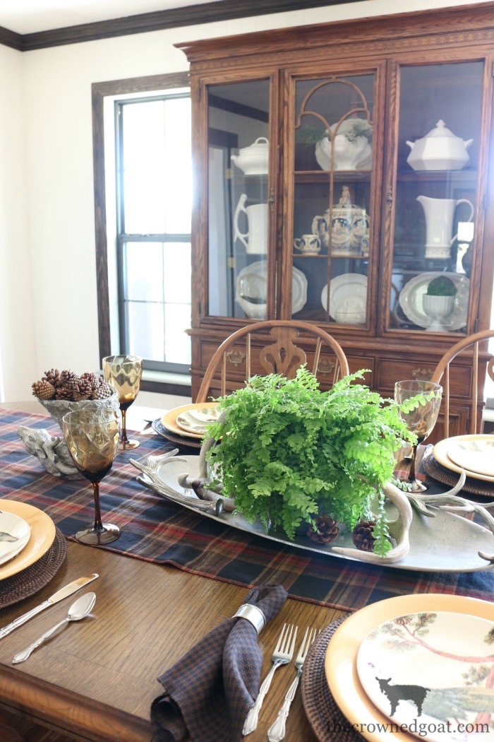 Traditional-Dining-Room-Makeover-The-Crowned-Goat-11 The Horse Farm Project: Dining Room Makeover Decorating