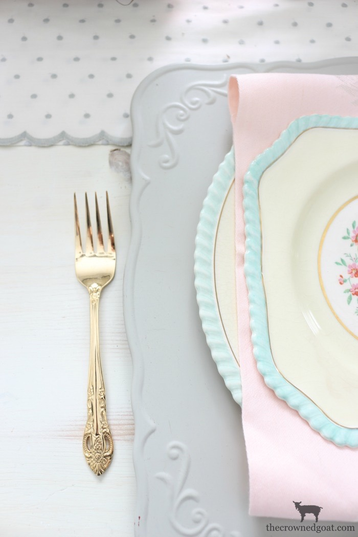 Breakfast-Nook-Spring-Tablescape-Ideas-The-Crowned-Goat-6 Spring Tablescape in the Breakfast Nook Spring