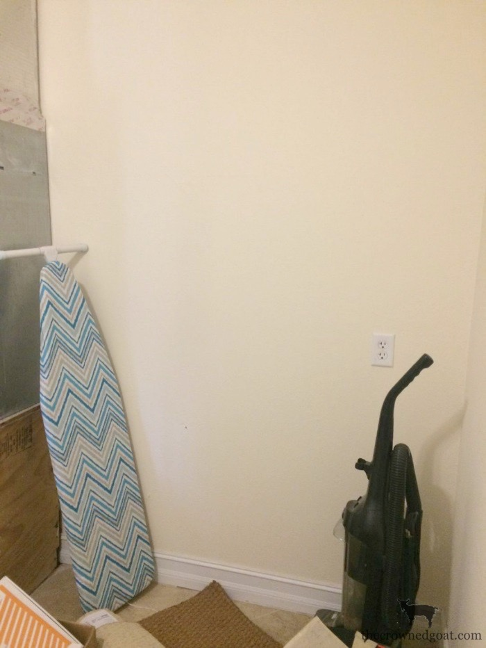 040518-3 Laundry Room Makeover: Design Plan One_Room_Challenge